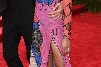 Wtf? FKA Twigs Definitely Has A Penis On Her Met Gala Dress Joan Rivers just rolled over in her grave and laughed.