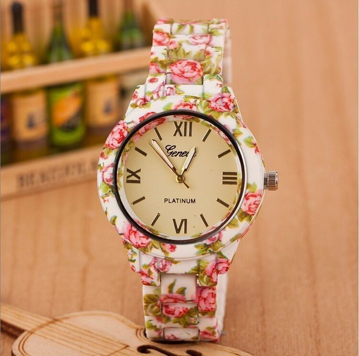 New Fashion Watch Luxury Flowers Printed Geneva Watch Women Casual Quartz Watch Elegant Popular Ladies Dress Wristwatch Relojes