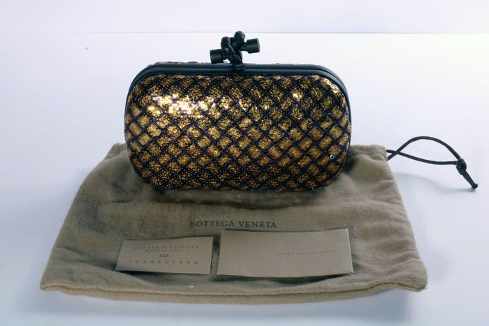 Catawiki online auction house: Bottega Veneta – Model: Knot clutch – Sequin