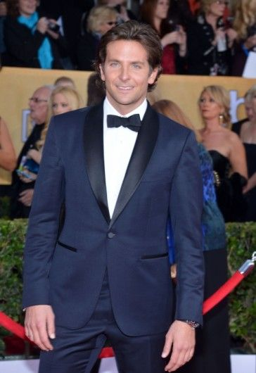 Bradly Cooper Prom Tuxedomade available in Dark Blue color at www.angeljackets.com #BradleyCooper #MensFashion