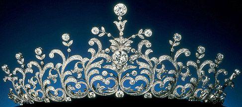 Tiara Mania: Princess Nori's Diamond Tiara