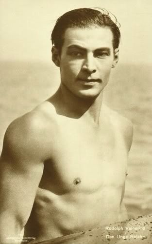 Rudolph Valentino (1895-1926), silent film star.......Uploaded By www.1stand2ndtimearound.etsy.com
