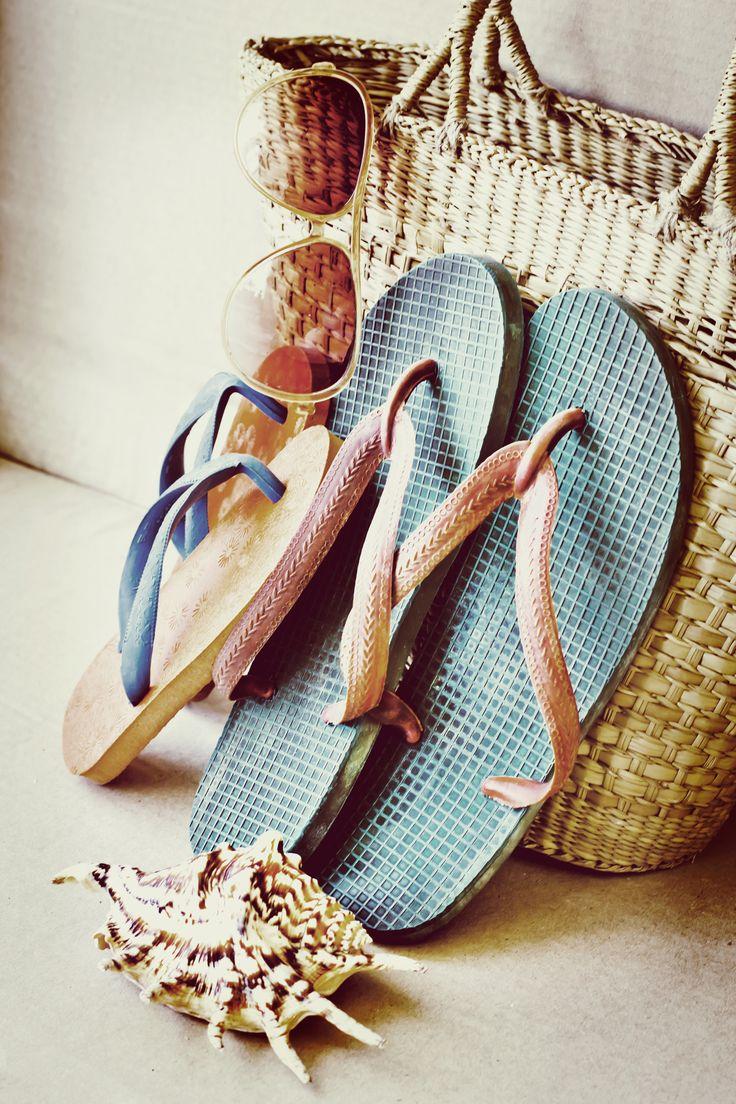 Typical Aussie Summer essentials. Yellow Duck Baby Gifts and Hampers #summerfun #Beach