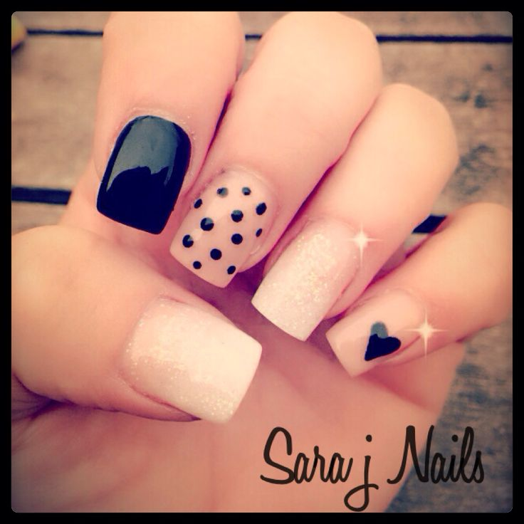 #cute #nails #black #glitter #dots