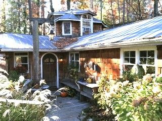 2 Homes on Stunning Property on Waterfall/ Discount Biltmore Tickets