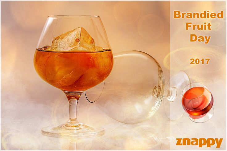 🍶🍸 Today is Brandied Fruit Day! What is your favorit brandied fruit drink? 🍸🍶  #BrandiedFruitDay #ZnappyGames #ZnappyDrinks http://www.doizece.ro/