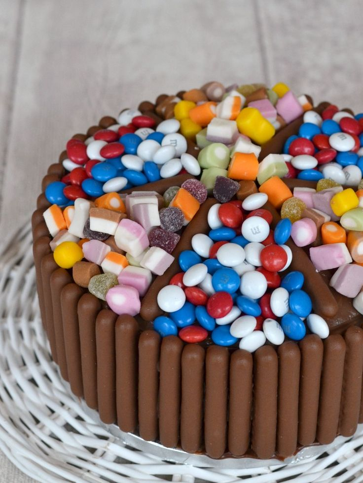 The Crazy Kitchen: Chocolate Finger and Sweets Covered Chocolate Birthday Cake