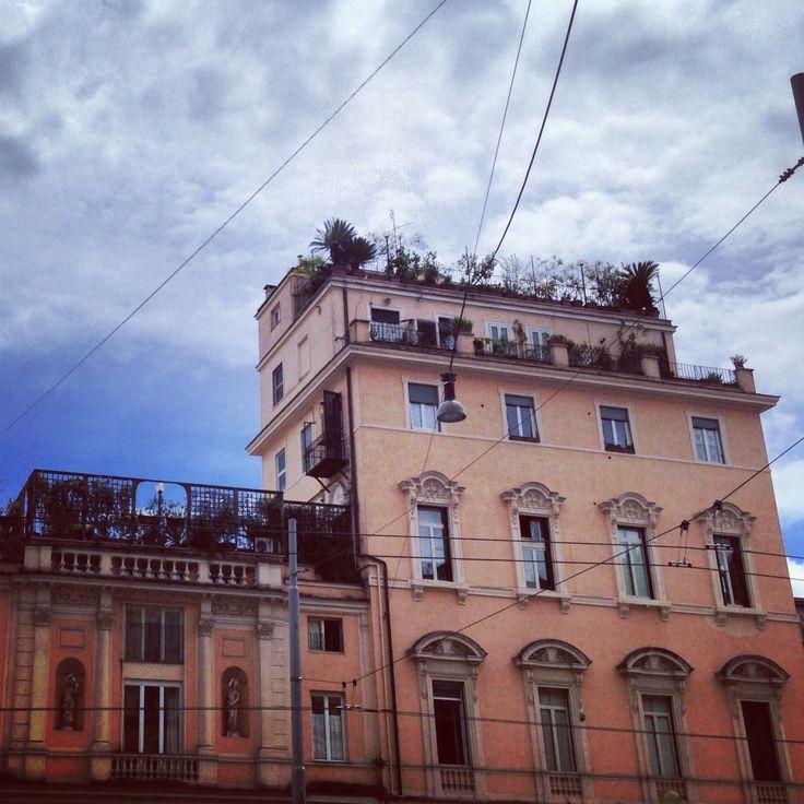 Via Nomentana in Roma, Lazio http://omnesgreen.tumblr.com