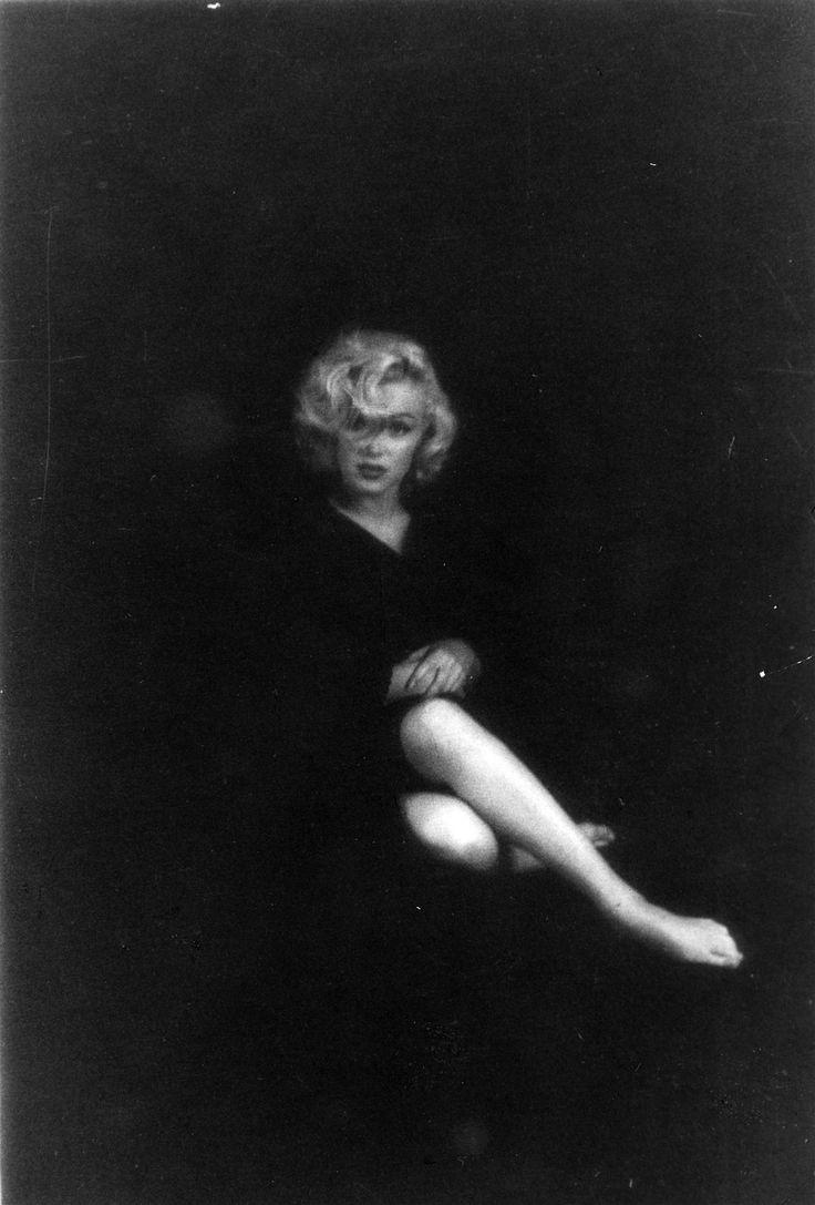 Marilyn Monroe photographed by Milton Greene, 1953.