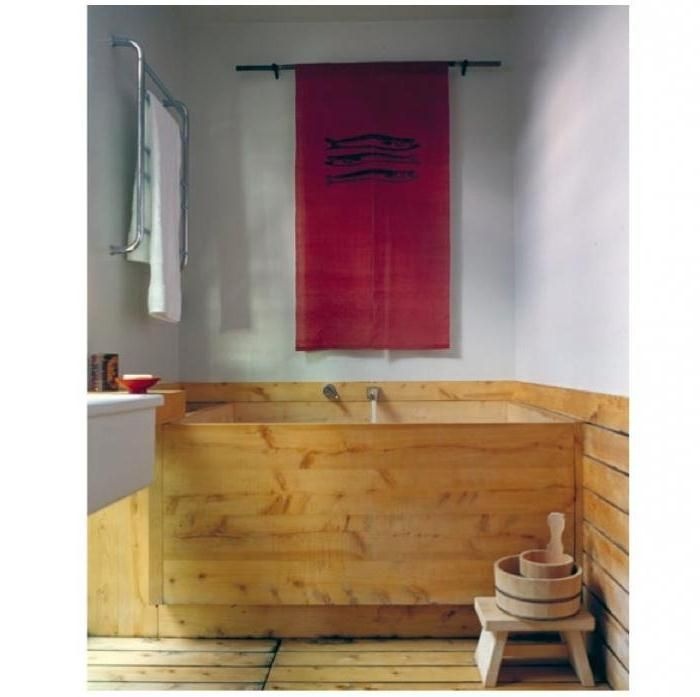 Inspiration For Choosing Deep Bathtubs For Small Bathrooms