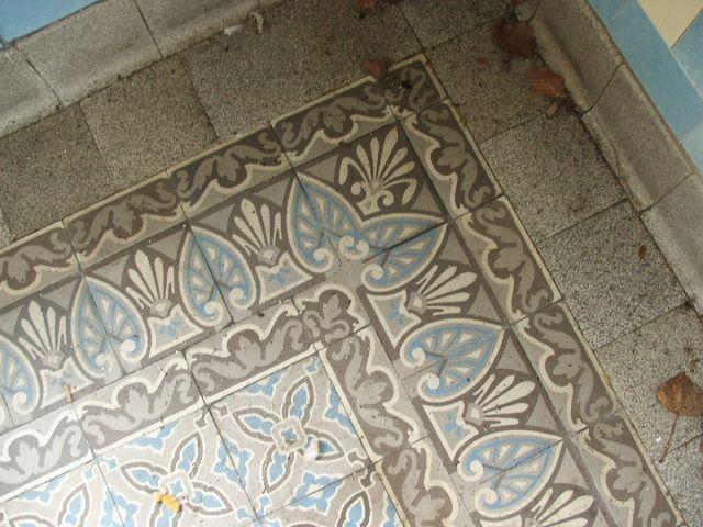 17 beste idee n over tegelvloeren op pinterest kelder vloeren imitatie hout tegels en houten - Italiaanse imitatie vloertegel ...