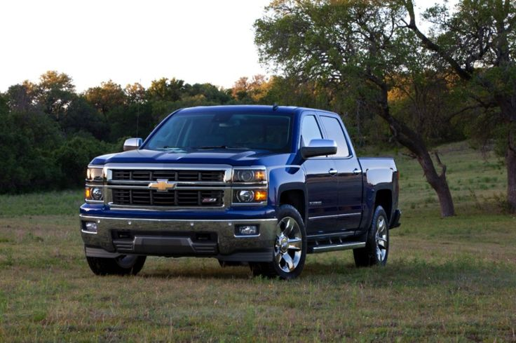 2014 Chevy Silverado Review - stylish, strong, luxurious and tough - a fantastic work truck AND loved it as a family vehicle. #ChevyDrive - Family Food And Travel