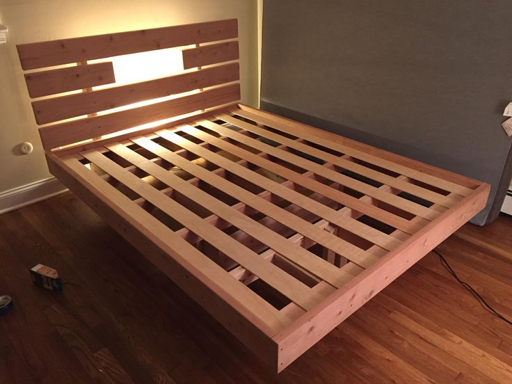 14 best images about cama on pinterest floating bed for Floating platform bed with storage