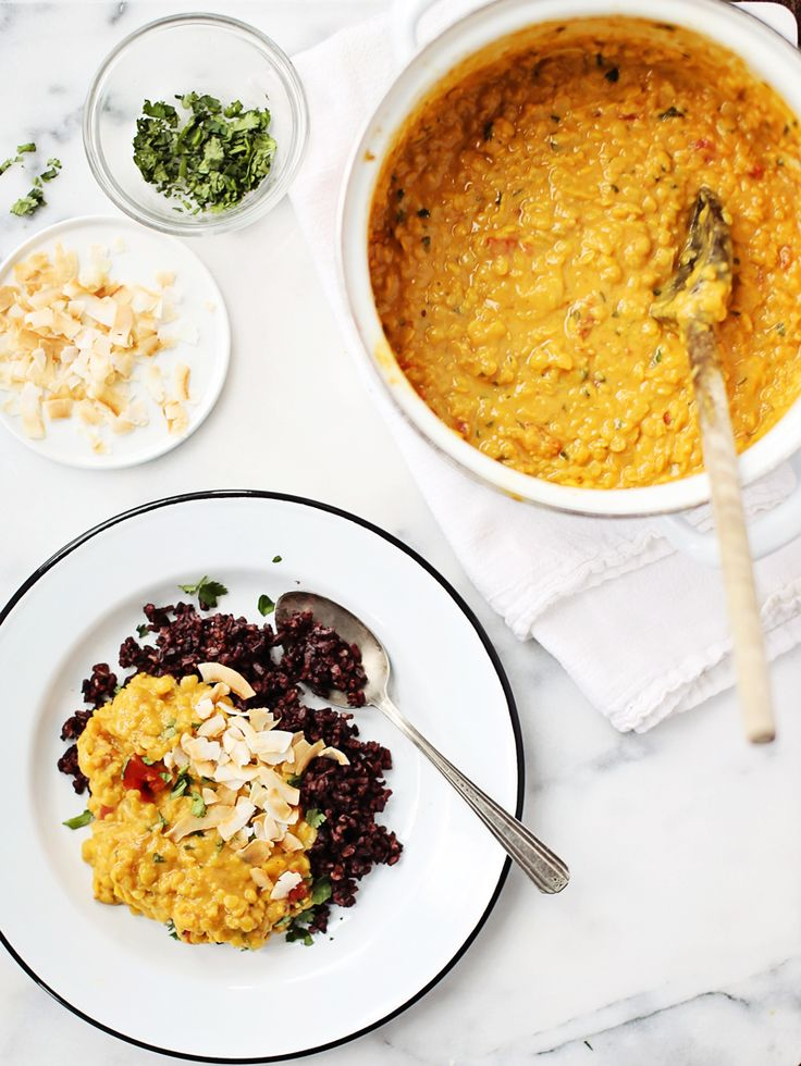 Coconut Lentil Curry - I love coconut, curry and lentils!  Perfect!  (Foodess)