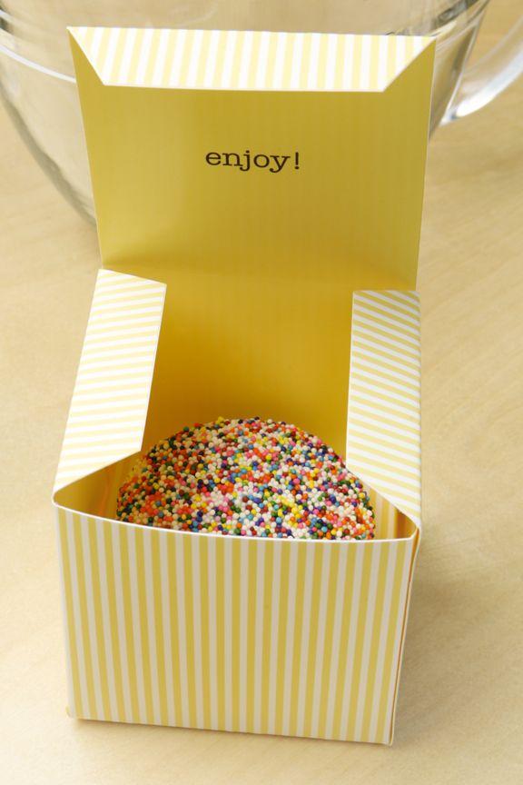 Bakery Packaging Series: Lulus Urban Cupcakery