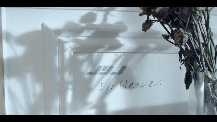 El vídeo nos deja de enseñanza que hay que aprovechar las segundas oportunidades…  Todos sabemos que esta cancion la escribió Kim Jae joong Oppa a su querido amigo el actor Park Yong Ah el cual se suicido el 30 de junio del presente año, esto a mi parecer (pues no soy ni la directora ni la asistente del PD de este vídeo) puede verse reflejado en que al principio cuando Ji Hyo (la chica) muere por primera vez pareciera que hubiese caminado hacia la calle de manera deliberada