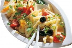 Salata cu emmentaler Delaco - Culinar.ro