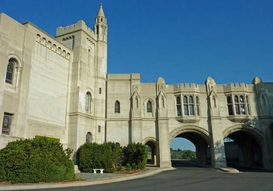Forest Lawn Memorial Park - Hollywood Hills - Los Angeles