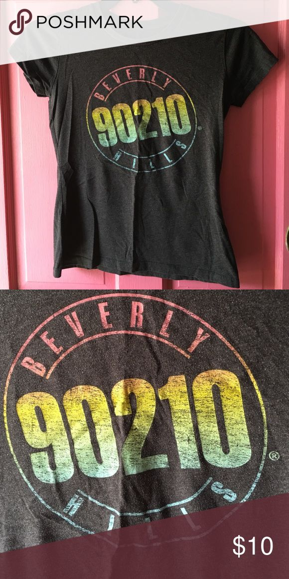 😘Beverly Hills 90210 T shirt😘 This is my favorite show!!! It always been!  No rips or stains great shape. I had bought this at an Old Navy store the name tag has been worn off from the laundry but I know and remember that's where o has originally purchased it from.  This is a non smoking home Old Navy Tops Tees - Short Sleeve
