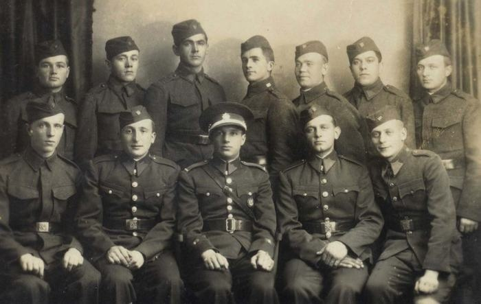 "Private soldier Jan Kubis (first from left in second row) in the autumn of 1935 as trainee of NCO school in Infantry Regiment 31 ""Arco"" in Jihlava."
