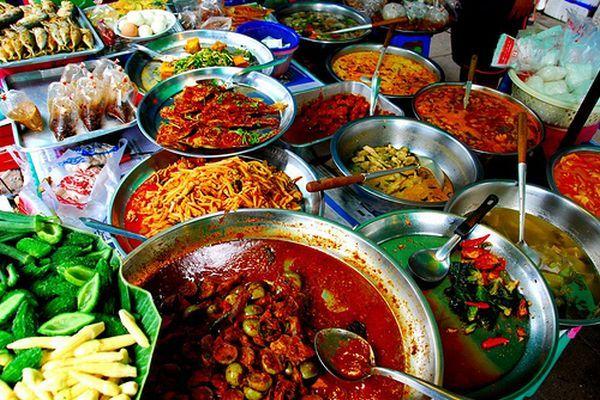 colorful-street-food
