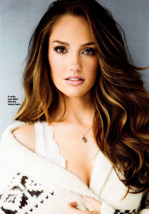 Minka Kelly...love her hair color: Girls Crushes, Hair Colors, Minka Kelly Hair, Hair Makeup, Gorgeous Hair, Hair Style, Hair And Makeup, Brown Hair, Caramel Highlights