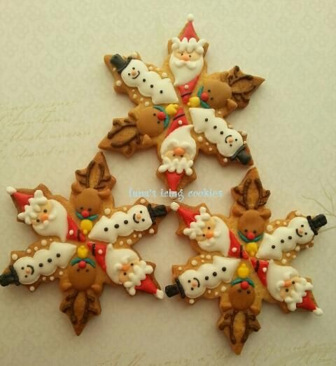 Clever take on the snowflake cookie!--Christmas cookies. Snowflakes. | Cookie Connection