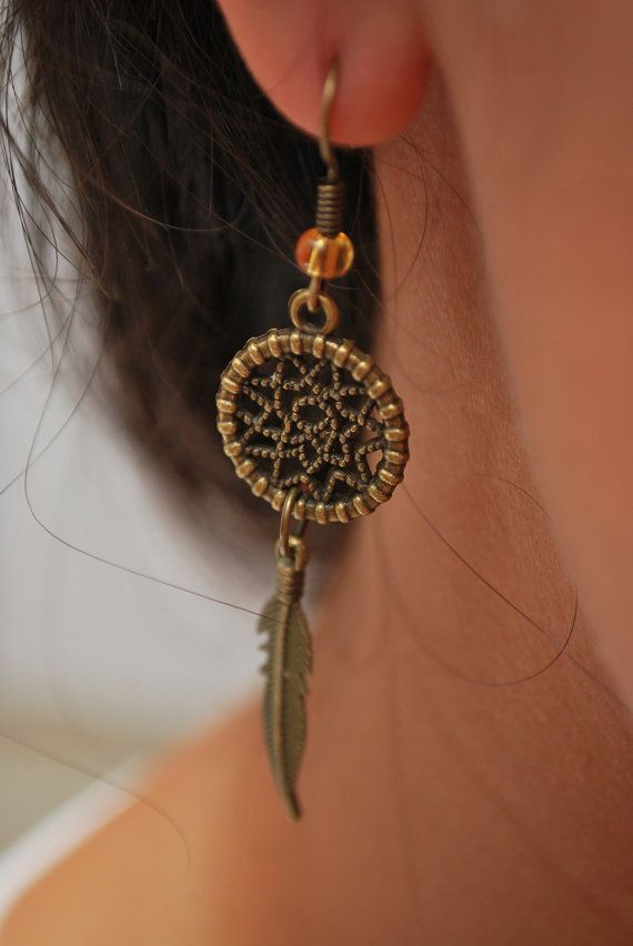 Dream Catcher earrings, boho earrings, hippie earrings, summer earrings, feather earrings, bohemian earrings, magical, gypsy. Dreamcatcher.