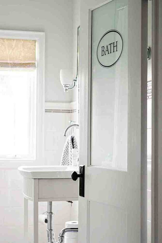 Work with a small footprint to make a tiny bathroom seem bigger & brighter.