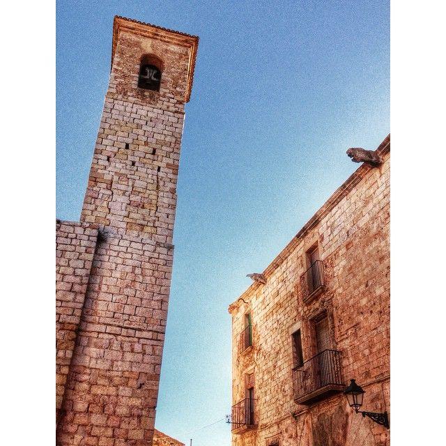 Sant Miquel i Palu del Castlà. by @montblancmedieval #montblancmedieval #Tarragona #Montblanc #Catalunya #Cataluña #Catalonia #Catalogne #turisme #tourisme #turismo #tourism #trip #travel #viatjar #viatge #viajar #viaje #urban #urbano #urbà #arquitectura #architecture #street_photography  #RTW #TravelAddict #vacances #vacaciones #holidays #slowlife