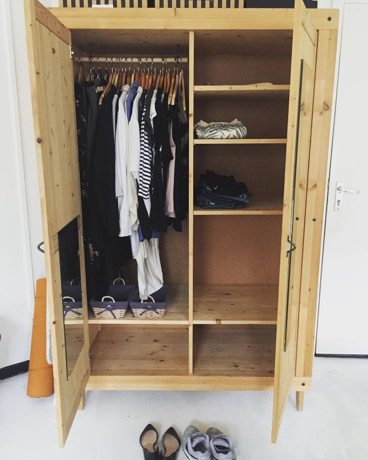 Project 333 Capsule Wardrobe by ieva (@iev_a) on Instagram, August 2017 #project333 #capsulewardrobe