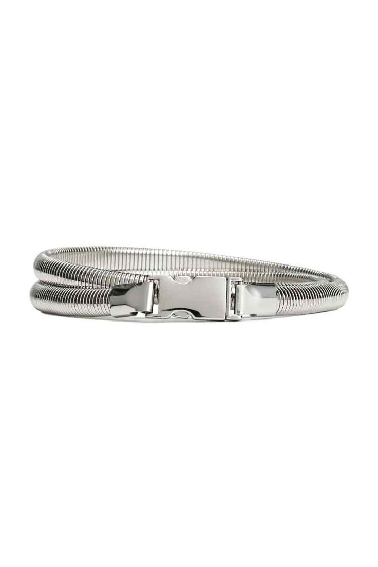 Cintura sottile: Cintura sottile in metallo con fibbia. Altezza 1 cm.