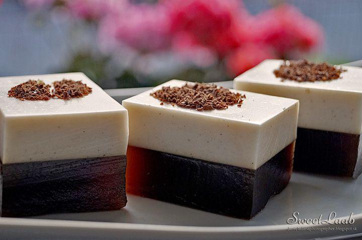Vanilla Coffee Jelly / Želé káva s vanilkou / Gelée au café à la vanille, see the recipe at http://danieladanaphotographer.blogspot.sk/2015/06/vanilla-coffee-jelly-zele-kava-s.html