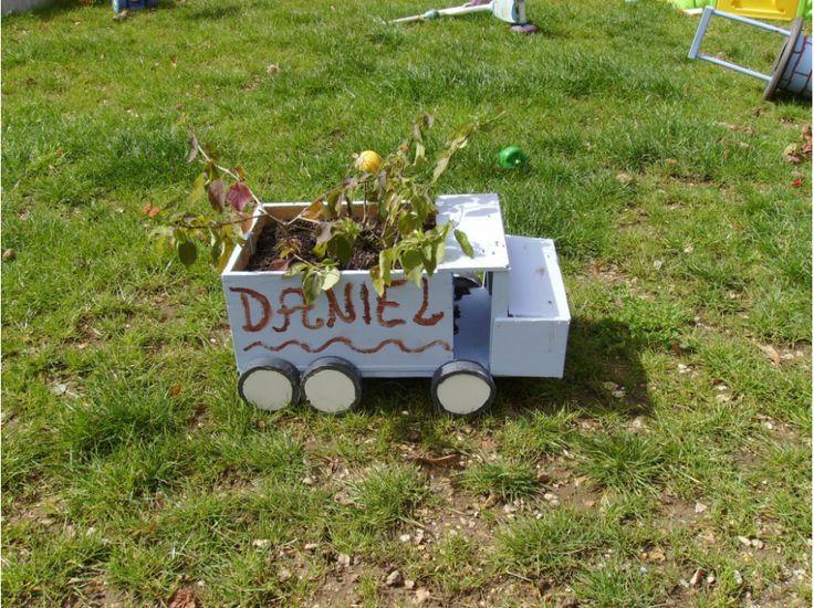 Bricolons.fr - Jeu Concours avec Complètement-Marteau #jardiniere #autoconstruction #briconcours