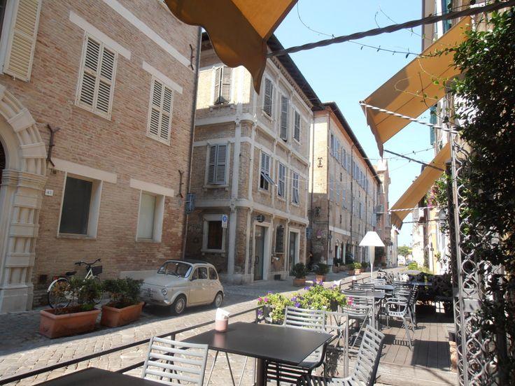 Senigallia Street... caffè all'aperto...