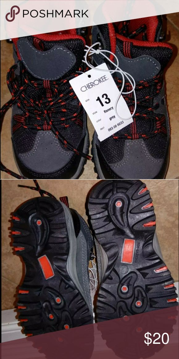 New boys hiking boots New with tags. Boys hiking boots. Size 13US Cherokee Shoes Boots