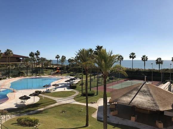 79 best casas con vistas a la playa en fotoalquiler images on pinterest - Apartamento en islantilla playa ...