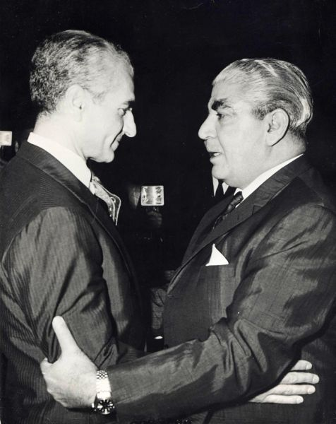 Shah and President General Yahya Khan of Pakistan, Tehran, 1969.................http://www.pinterest.com/madamepiggymick/arab-royalty-iran/