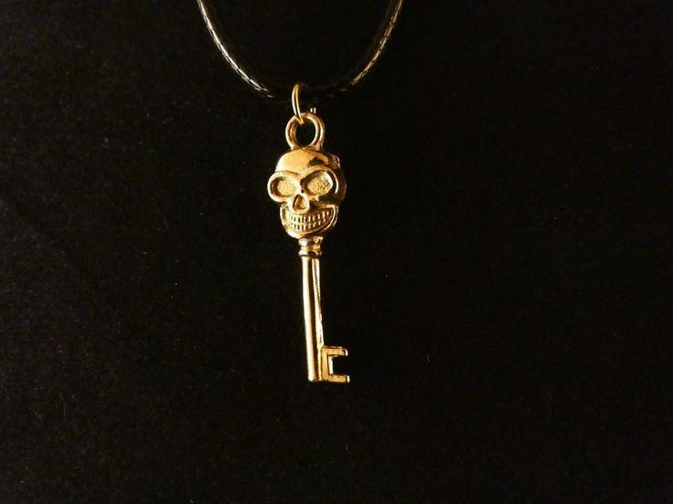 Schlüssel Anhänger mit Kette 24 Karat Vergoldet Totenkopf Tot Key Dead Schloss