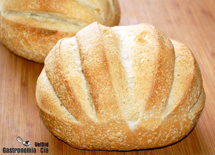 Técnicas de corte de la masa de pan antes de hornear. Vídeo
