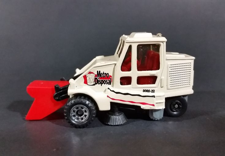 1999 Matchbox 'Metro Disposal' City Street Cleaner 8080-2B Road Sweeper Maintenance Die Cast Toy Vehicle https://treasurevalleyantiques.com/products/1999-matchbox-metro-disposal-city-street-cleaner-8080-2b-road-sweeper-maintenance-die-cast-toy-vehicle #Collectibles #1990s #90s #Nineties #Metro #Disposal #City #StreetCleaner #Streets #Roads #Roadways #Sweepers #Maintenance #Diecast #Toy #Vehicles