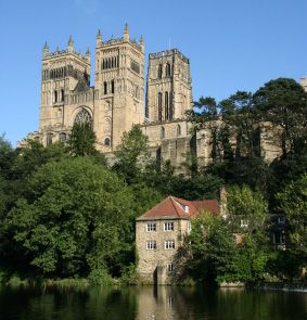 Durham University. Thanks to geography, I can tell you that it sits in the middle of an entrenched meander.