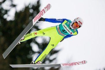 Marinus Kraus, Deutschland, beim FIS Skispringen Weltcup in Engelberg / Schweiz | Fotograf Kassel http://blog.ks-fotografie.net/pressefotografie/fis-skispringen-engelberg-schweiz-fotografiert/