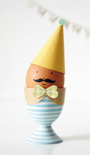 Ook eieren zijn best in voor een verkleedpartij.