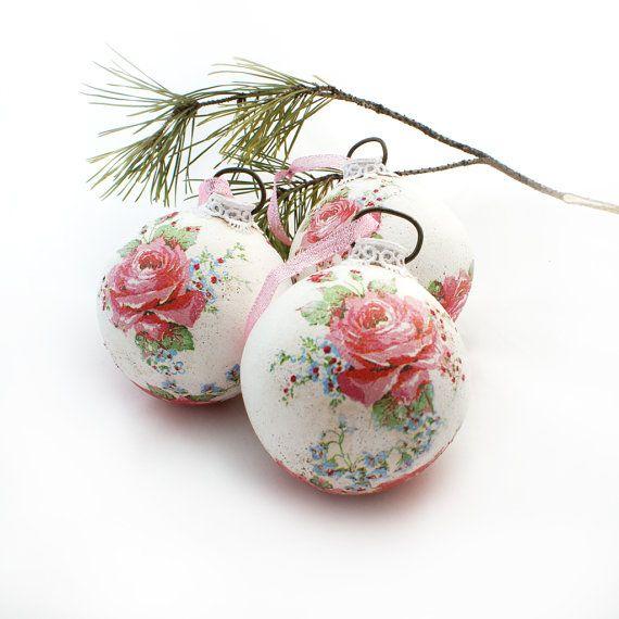 Shabby chic Ornaments /Elegant white balls- Christmas Tree Balls, Rustic Christmas, pink roses, Set of 3 on Etsy, $35.00