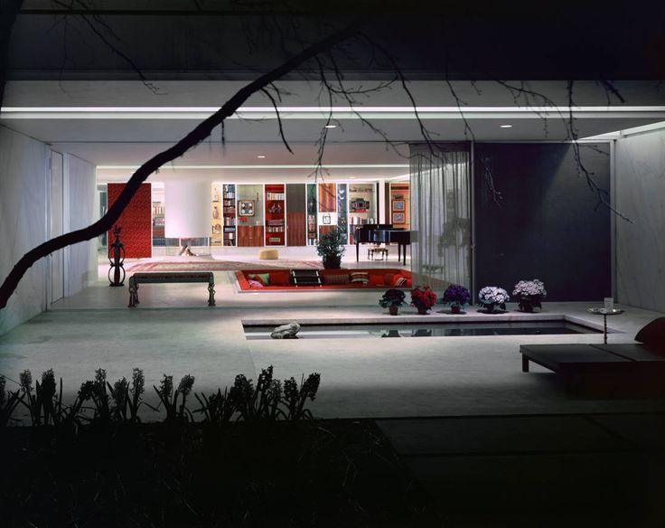 just fascinated with sunken living spaces! (Saarinen)
