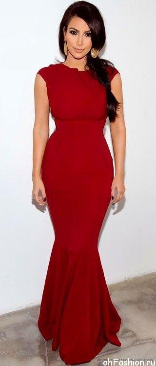 Ким Кардашян в длннои, обтягивающем, красном платье в пол