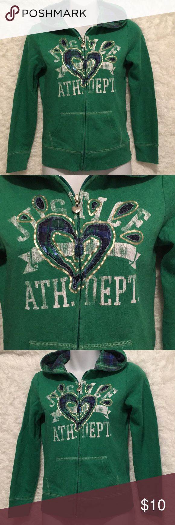 Justice Girl's Sz 10 Zip up Hoodie Excellent Condition  Justice Sz 10 Green Zip Up Hoodie  Blue & Green Plaid underneath Hood (See all Pictures) Justice Jackets & Coats