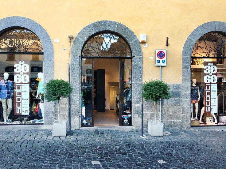 Il negozio - Piazza del Popolo, Orvieto Italia