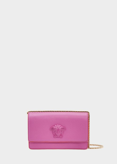 Versace Palazzo Evening Bag with Chain for Women | Official Website. Grained calf leather evening bag, with Medusa Head plaque, chain shoulder strap and foldover closure.